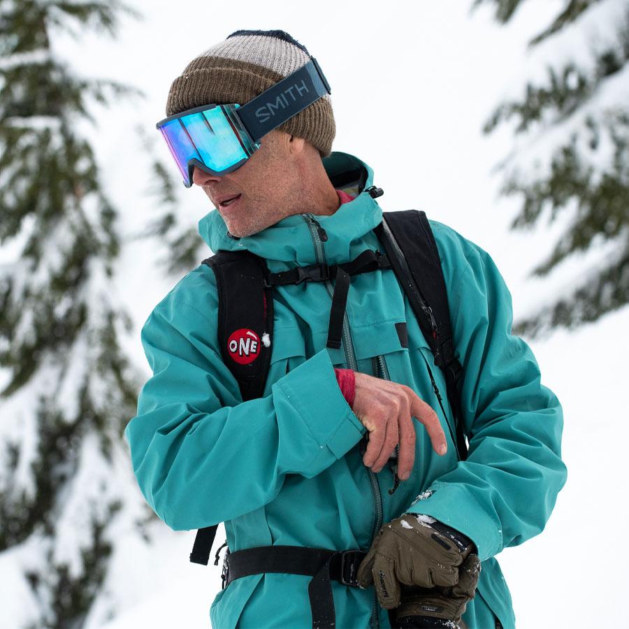 Gnu Snowboarding Team Temple Cummins